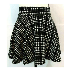 Skirt M 7-8 Mini Skater Circle Flare Black Plaid